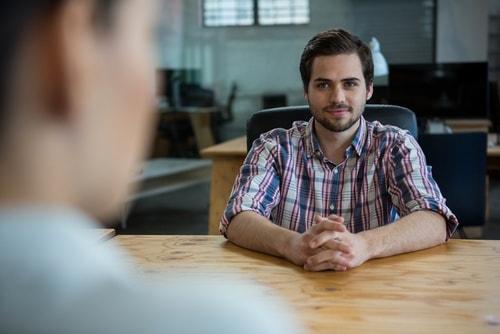 entrevue-embauche-emploi